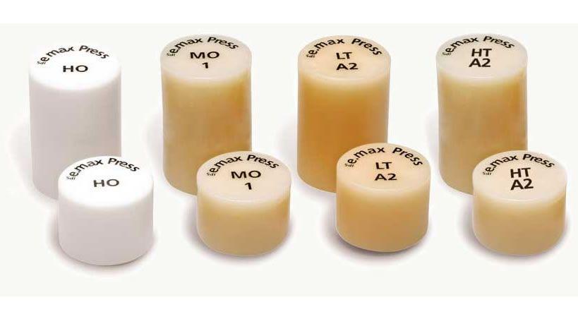 Comparación de la adaptación marginal de cofias en disilicato de litio inyectado, utilizando tres sistemas de sellado: dos ceras para patrones y patrones elaborados mediante técnica CAD/CAM