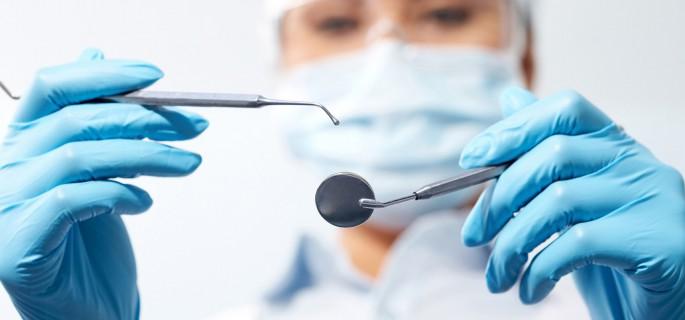 Cambios en la resistencia compresiva del ionómero de vidrio al ser grabado con ácido ortofosfórico