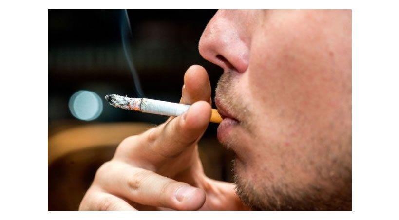 Fumar tras un tratamiento periodontal retrasa el tiempo de curación