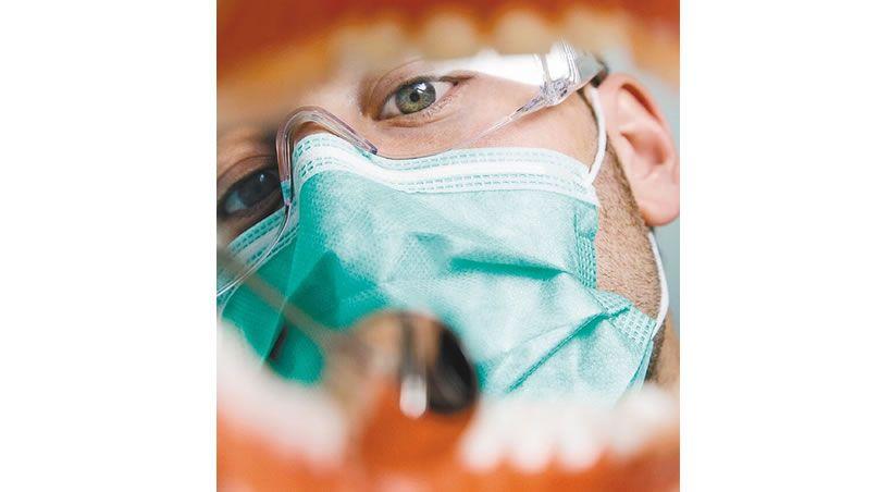 ¿Ir al odontólogo cada seis meses? No hay pruebas para hacerlo