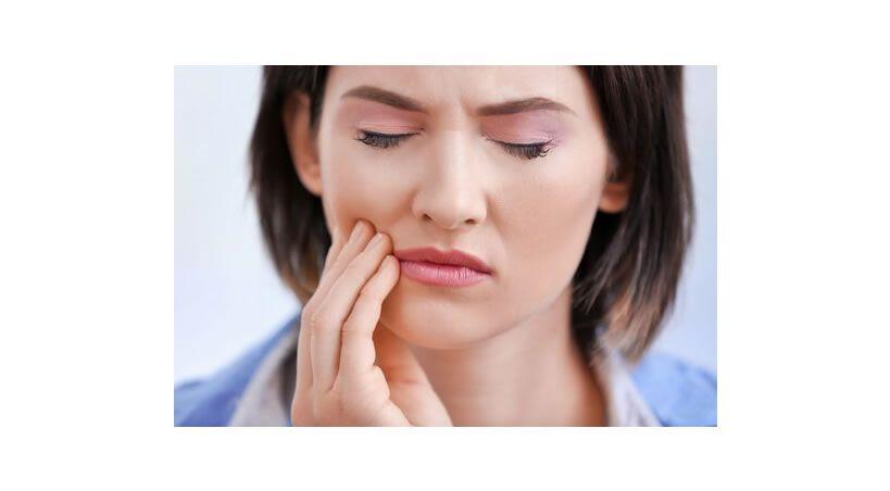 Sensibilidad dental: causas, síntomas, tratamiento, prevención y mas