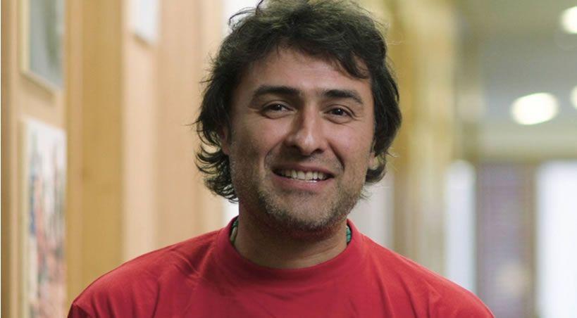El dentista que pone sonrisas a los más desfavorecidos