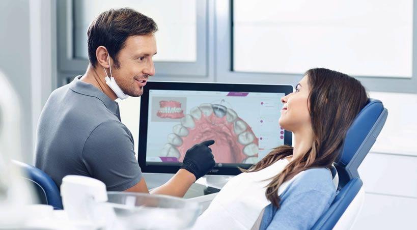 CEREC Ortho SW 2.0: simulación del tratamiento directamente en el sillón para una óptima comunicación con el paciente.