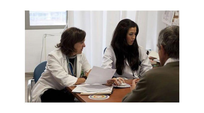 Ni un certificado médico es una 'firmita' ni la consulta una 'preguntita'