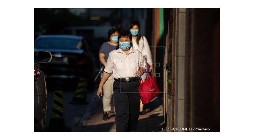 Las primeras pruebas de una vacuna china contra la COVID dan resultados positivos